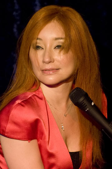 Tori Amos 2011
