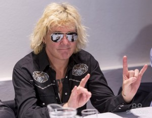 скандалы Scorpions James Kottak