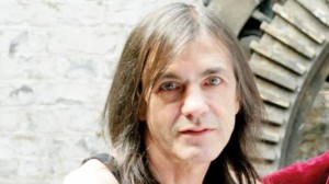 malcolm young ill 300x1681
