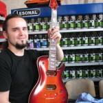 vik-guitar-owner