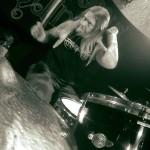 Экс-барабанщик AMON AMARTH: «На последнем собрании группы я чувствовал себя оскорбленным и запуганным»