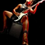 fender-hot-guitar-girl