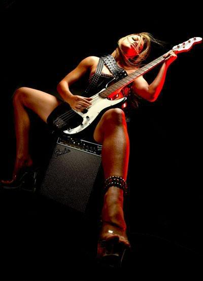 fender hot guitar girl