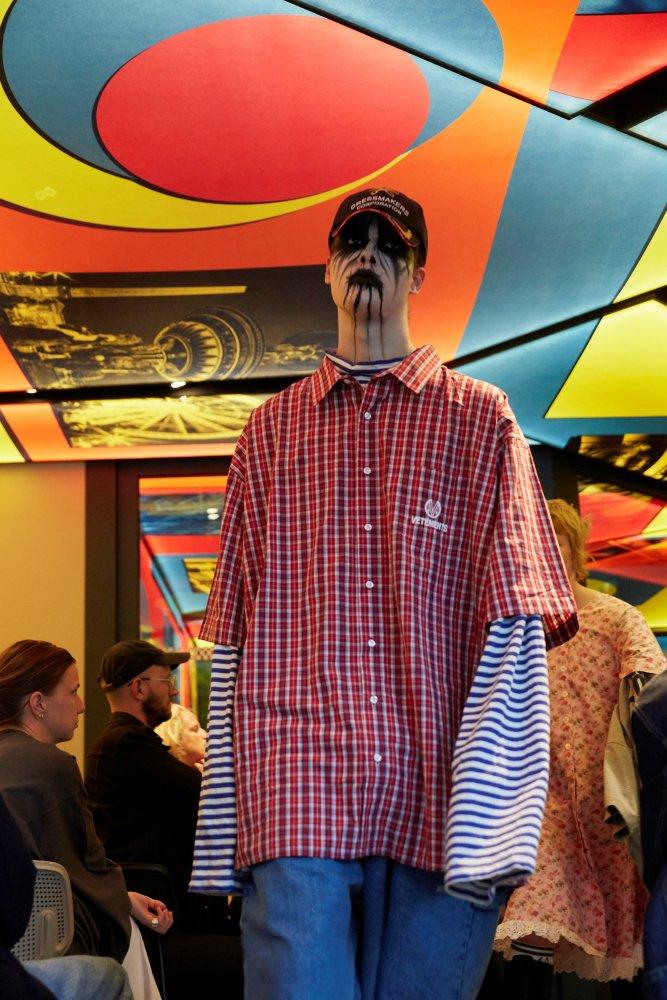 Vetements corpse paint black fashion