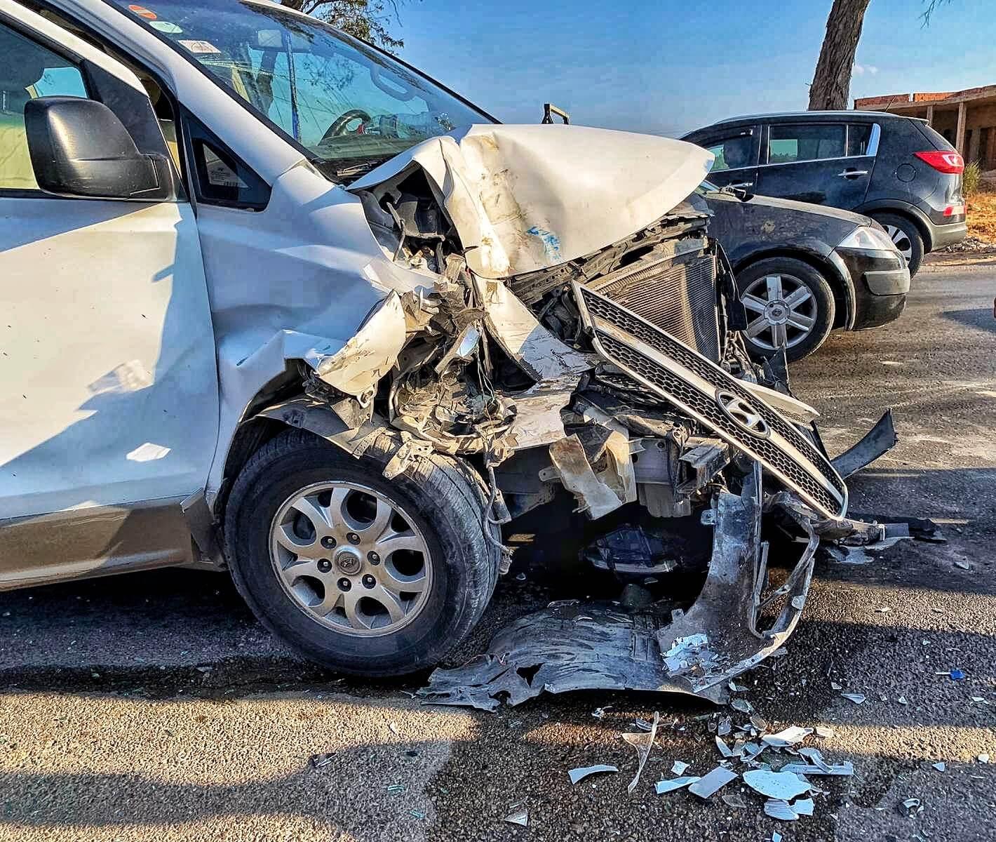 01 crashed car 2