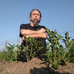 «Карантинное» интервью с группой АРКОНА: «Мы спаслись от адского вируса, копаем картошку, сажаем огурцы. Живем по язычеству»