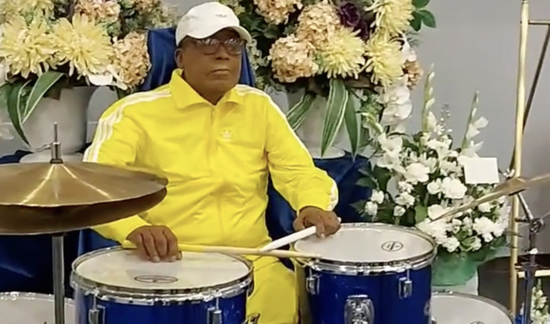 drummer dead performing